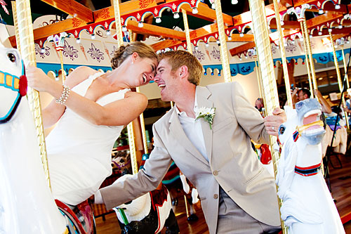 Wedding Carousel Couple2